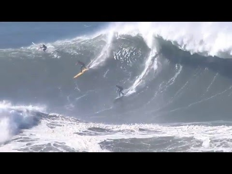Big waves surfing: California surfers hit huge El Niño waves at Mavericks