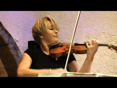 "Edua Zadory & Anastasiia Dombrovska ""Hejre Kati"" live at Megaro Gyzi Festival 2012"