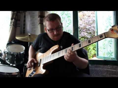 """Solo Bass """"Rain"""" Chillout Improv #2"""