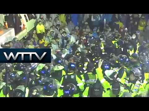 South Korea: Protesters clash with police over deployment of US THAAD missiles