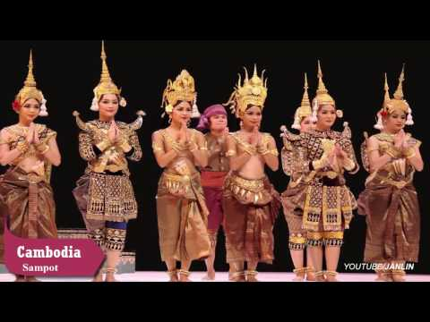 The beauty of ASEAN traditional costumes (Southeast Asia Nations)