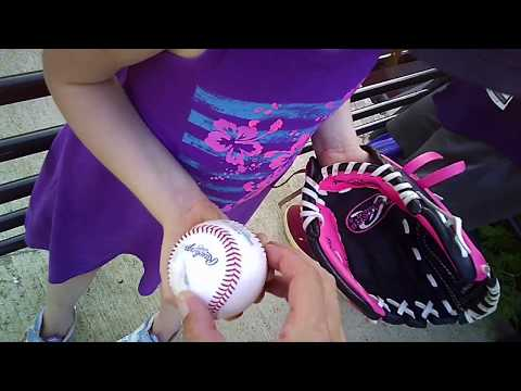 BALLHAWKING THE SAN DIEGO PADRES AT PROGRESSIVE FIELD WITH NICK AND OLIVIA (7/5/17)