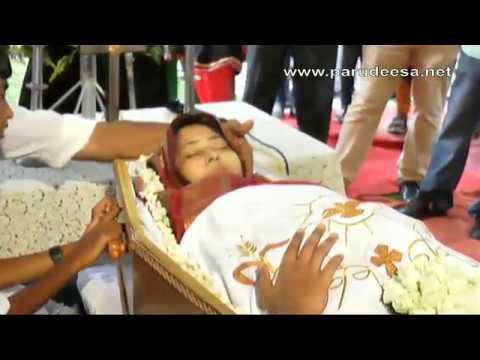 Funeral of SHEMA BIJOY  NEDIYUZHATHIL (THOMSON ALLIED) TIRUVALLA 2 of 3