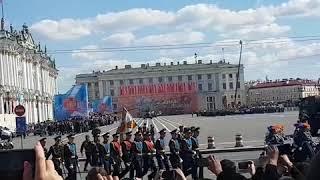 Смотреть видео Парад Победы! Санкт Петербург, площадь восстания. онлайн