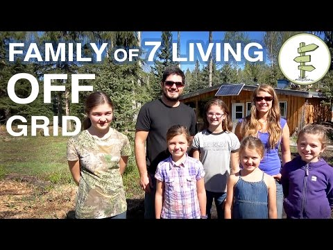 family-of-7-living-completely-off-grid-in-northern-canada!