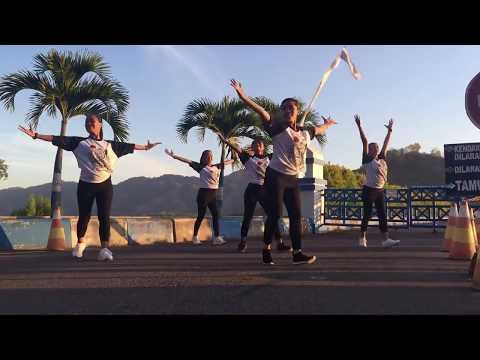 SENAM GOYANG DAYUNG JOKOWI | Instruktur Senam Tulungagung