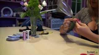 Как украсить свадебные бокалы живыми цветами(, 2013-02-07T16:35:44.000Z)