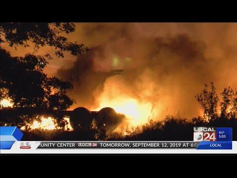 Cargo plane crashes in Toledo, Ohio after brief stop in Millington, 2 dead