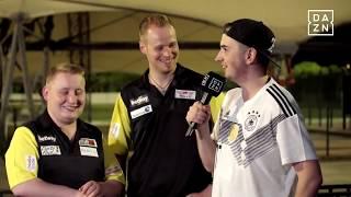 DAZN: Auftaktsieg für Max Hopp und Martin Schinlder beim Darts World Cup 2018