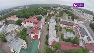 Новая туристическая фишка Витебска: на балконе ратуши играют скрипачи