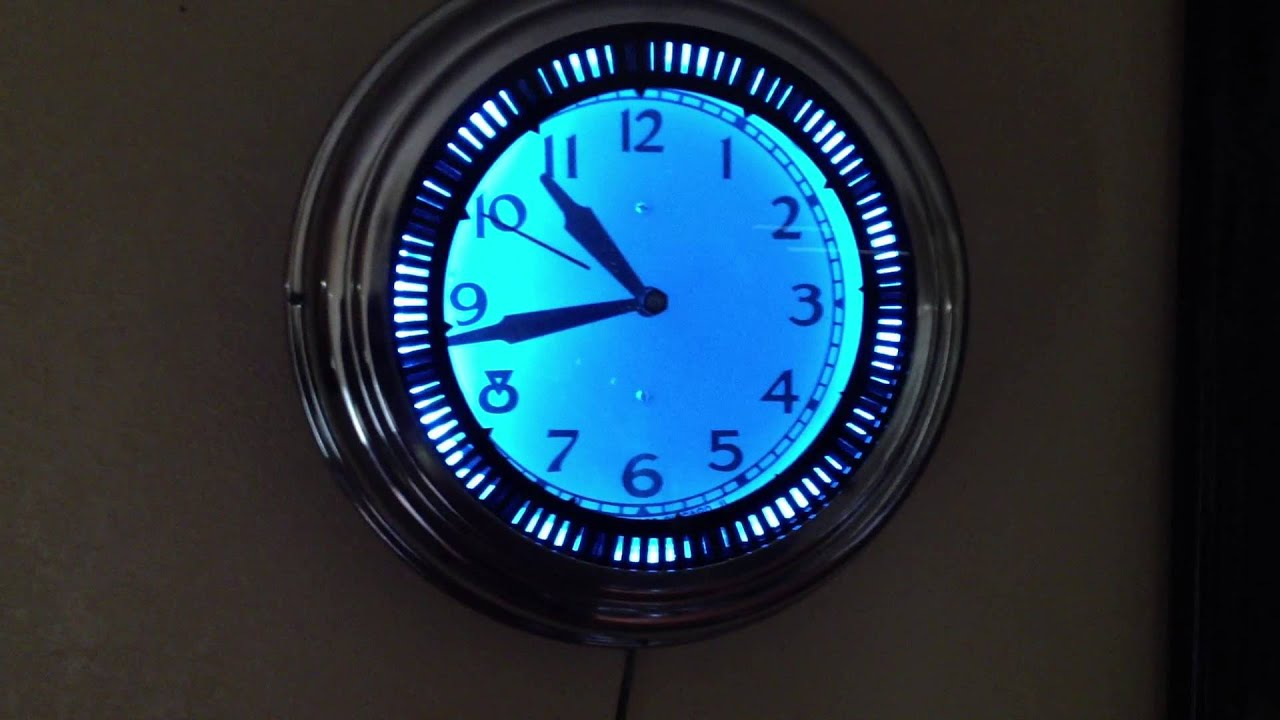 Vintage Neon Spinner Clock Made By Neon Clock Sales