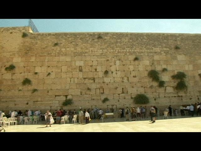 Cleaning the Western Wall in Jerusalem
