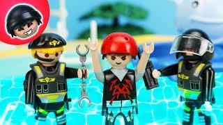SEK Einsatz im Schwimmbad! Playmobil Polizei Film - KARLCHEN KNACK #189