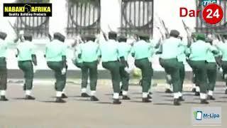 Gambar cover Askari Wakipiga Kwata la Kimya Kimya Mbele ya Rais Magufuli