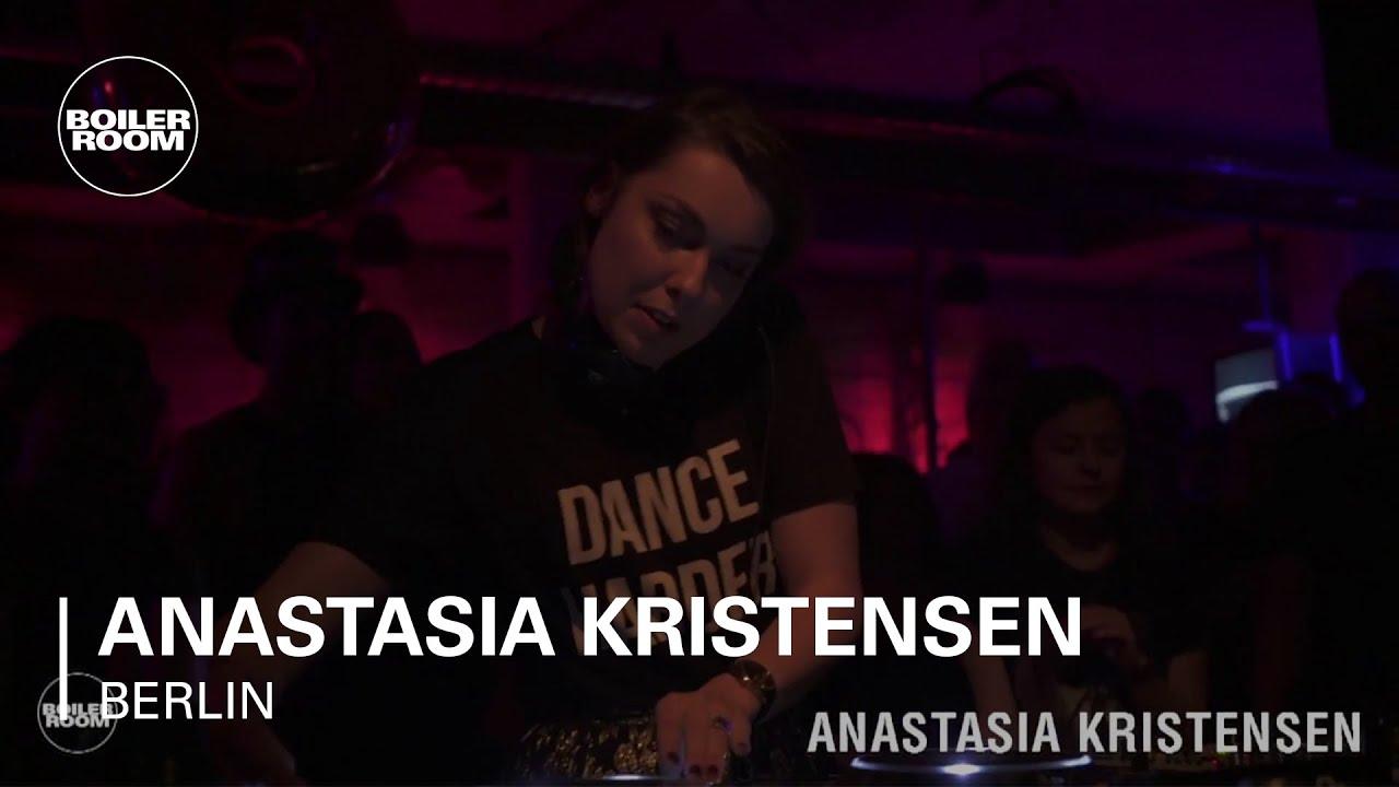 Youtube Mellanie Kristensen nude (46 pics), Cleavage