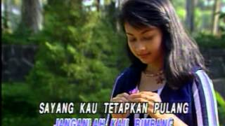 AHMAD JAIS & DATIN RAFEAH BUANG - SELASIH KUSAYANG