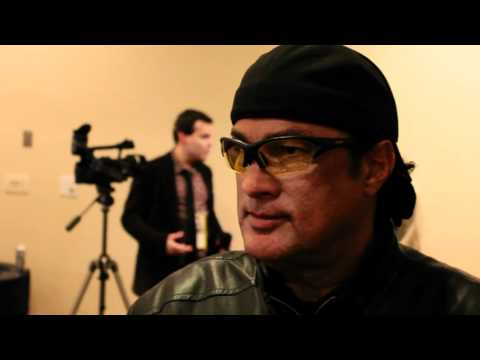 Steven Seagal on Anderson Silva front kick