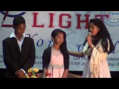 Vodiondry, le mariage traditionnel malgache (by student from International Light College Madagascar)