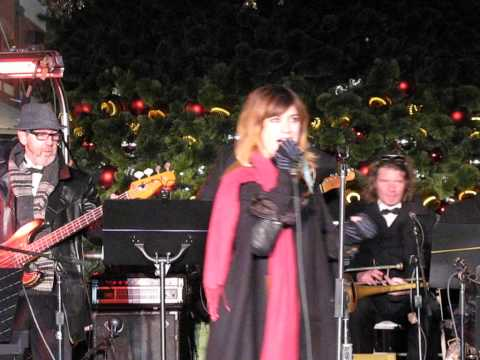 NICOLE ATKINS Rockin' Around The Christmas Tree SOUTH STREET SEAPORT NYC November 29 2013