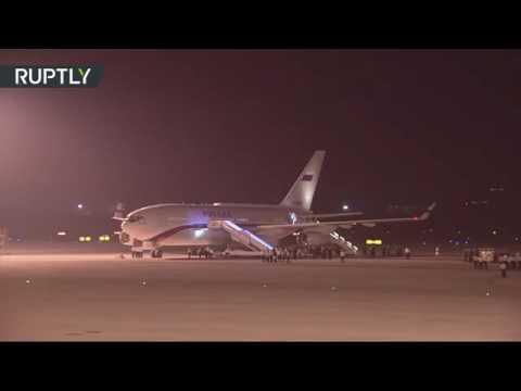'Гордость' берёт.Прибытие Владимира Путина в Китай на G-20 Takes pride.The arrival of Vladimir Putin