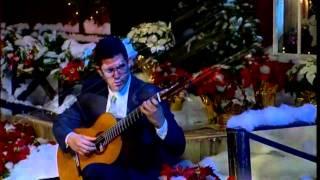 """Spanish Christmas carol, """"A la Nanita Nana"""", Rafael Scarfullery, classical guitarist, guitar"""