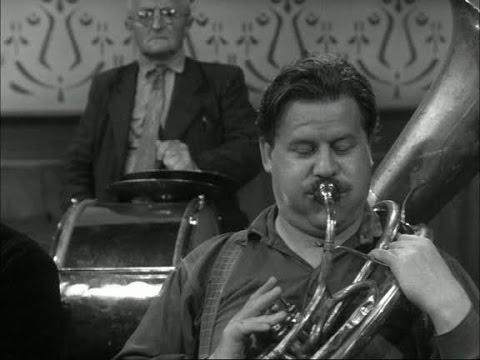 Fanfare (Bert Haanstra, 1958) - SUB ITA - ENG - NED - SPA