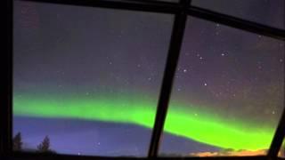 フィンランドのガラスイグルーに宿泊して、オーロラが見れました♪龍が空...