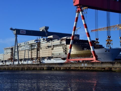 Symphony of the Seas : The construction and float-out getting ready in 2018