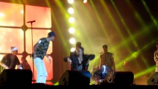 Chris Brown dance-off with Omarion Vestival The Hague Malieveld 1-8-2015