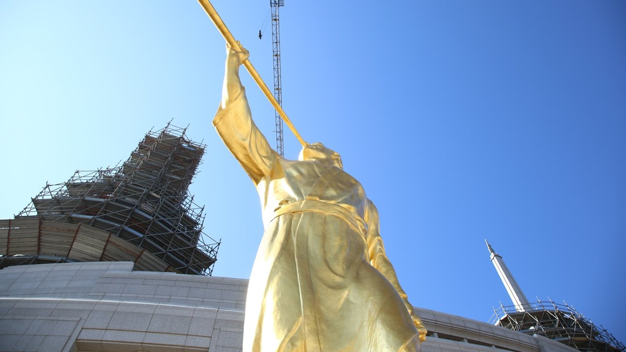 angel moroni statue tops rome italy temple youtube