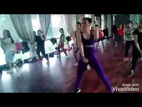 KIRANA SPORT CENTER BEKASI, TOTO GROUP FITNESS, DANCE MIX ZIN CHARIN HOA SITUMEANG