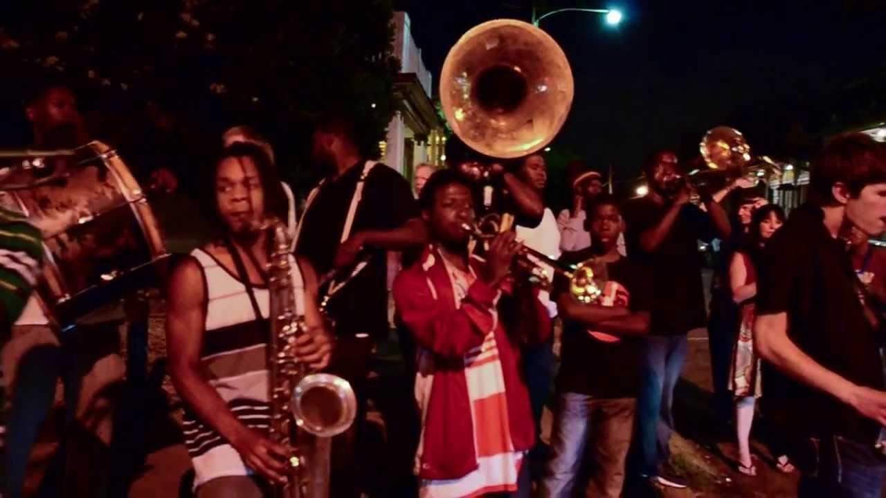 No Jazz Fest >> New Orleans Brass Band on Frenchmen Street - YouTube