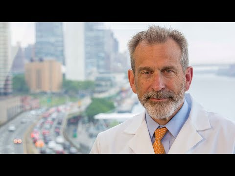 Meet Orthopedic Surgeon Dr. Joseph Zuckerman
