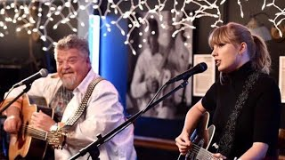 Taylor Swift performing Shake It Off & Better Man at the BlueBird Cafe