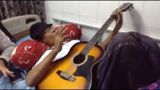 Lucky Akhand in Hospital Singing