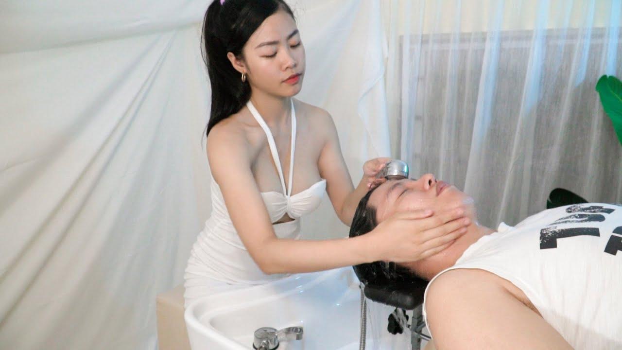 I use the relaxing method, washing my hair to meet beautiful girls