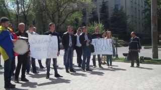 Au protestat la #CNA pentru miliardele furate