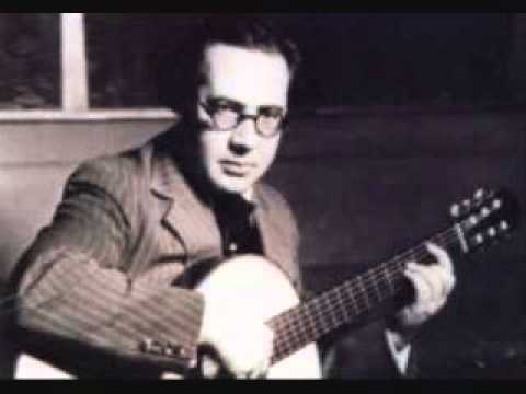 Andres Segovia - Variations and Fugue on 'La Folia' (M. Ponce)
