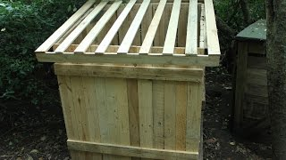 Compost bin easy DIY from pallet wood with minimum tools. Compostador palets. Brico composteur