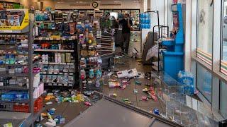 -volunteer-crew-clean-downtown-7-eleven-hit-looters-george-floyd-protest