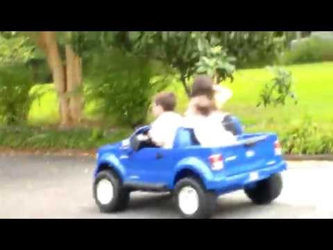 They See Me Rollin' - Power Wheels Time - SistersMr (7.3)