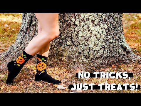 Get Spooky in MeMoi's Halloween Socks ????
