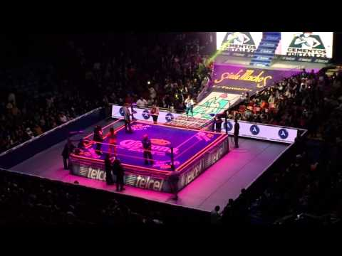 Lucha Libre in Arena Mexico, Mexico City