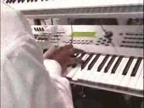 LIVE Sneak Peak of Aaron Lindsey on Keys with Israel and New Breed!