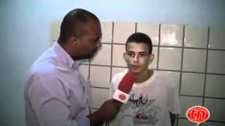 Jovem bandido desafia a polícia com seus crimes
