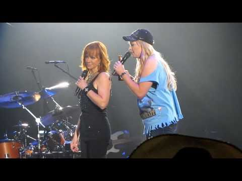 Reba & Melissa Peterman at Mizzou Arena