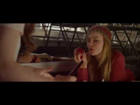 CloseUp on Actress Olivia De Jonge Playing Lavinia Hall