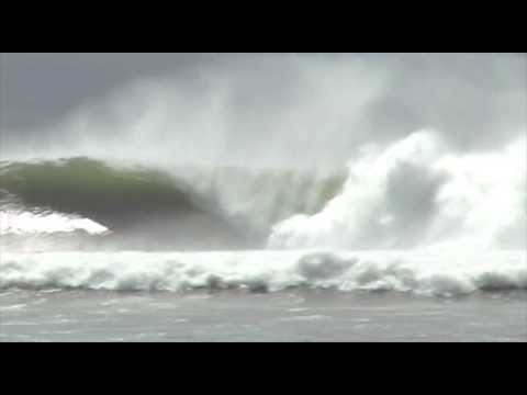 Best Waves of Maalaea Freight Trains Maui 2005
