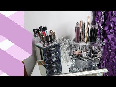 Dollar Tree DIY: Covered Make-Up Tray