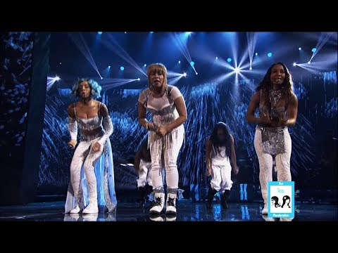 """TLC """"Waterfalls"""" with Lil' Mama at the American Music Awards 